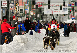 Day-4-Wendy-Zens-Iditarider-Mitch-Seavey-2016-Iditarod-Ceremonial-Start-Photo-c-Laurent-Dick-Wild-Alaska-Travel