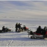 Riding-Snowmachines-to-Safety-Checkpoint-c-Laurent-Dick-Wild-Alaska-Travel